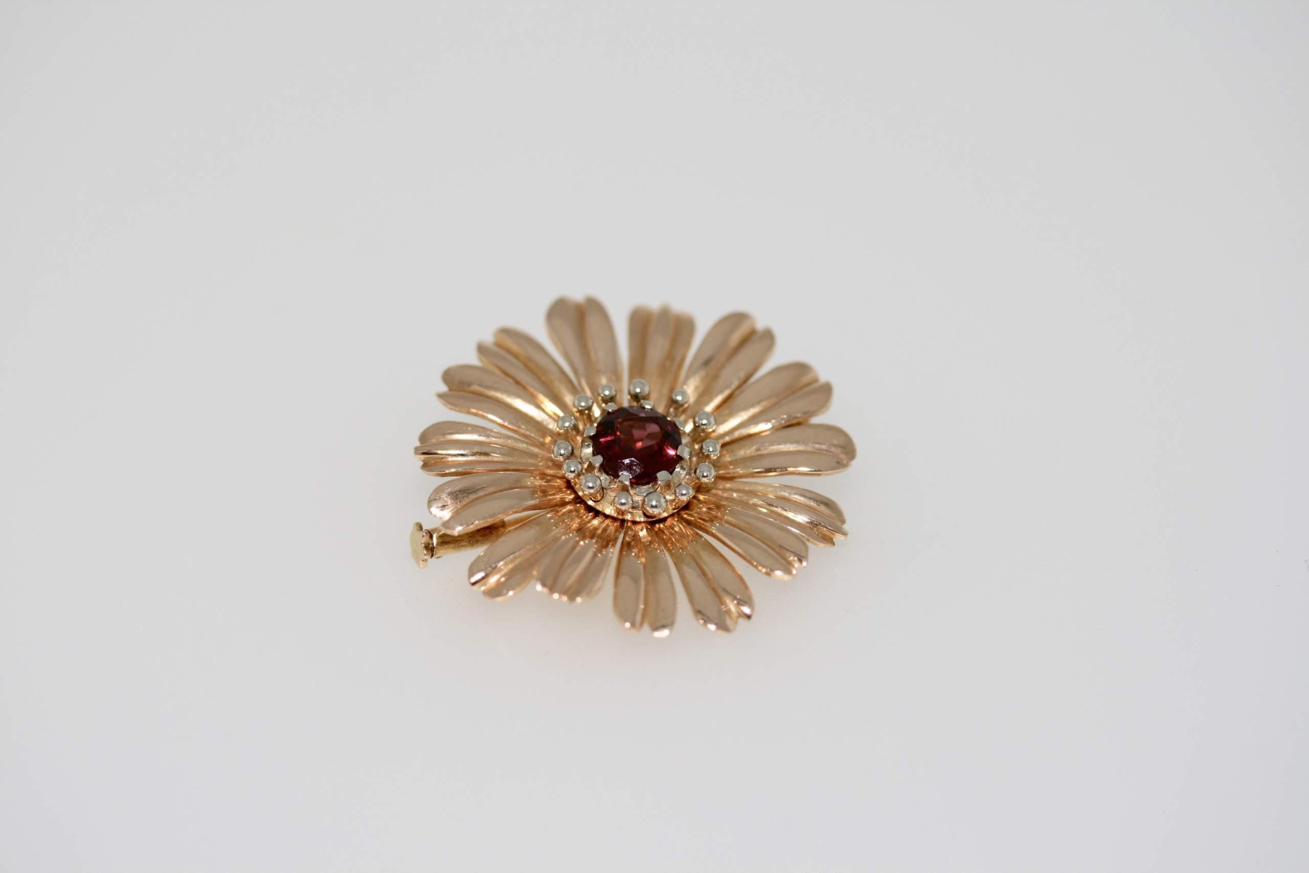 Vintage Rhodolite Garnet Flower Brooch