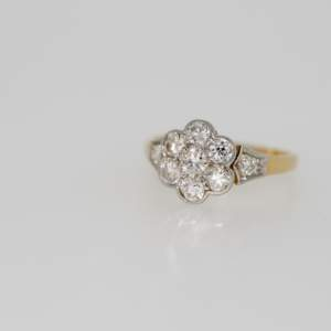 An Edwardian Diamond Flowerhead Ring