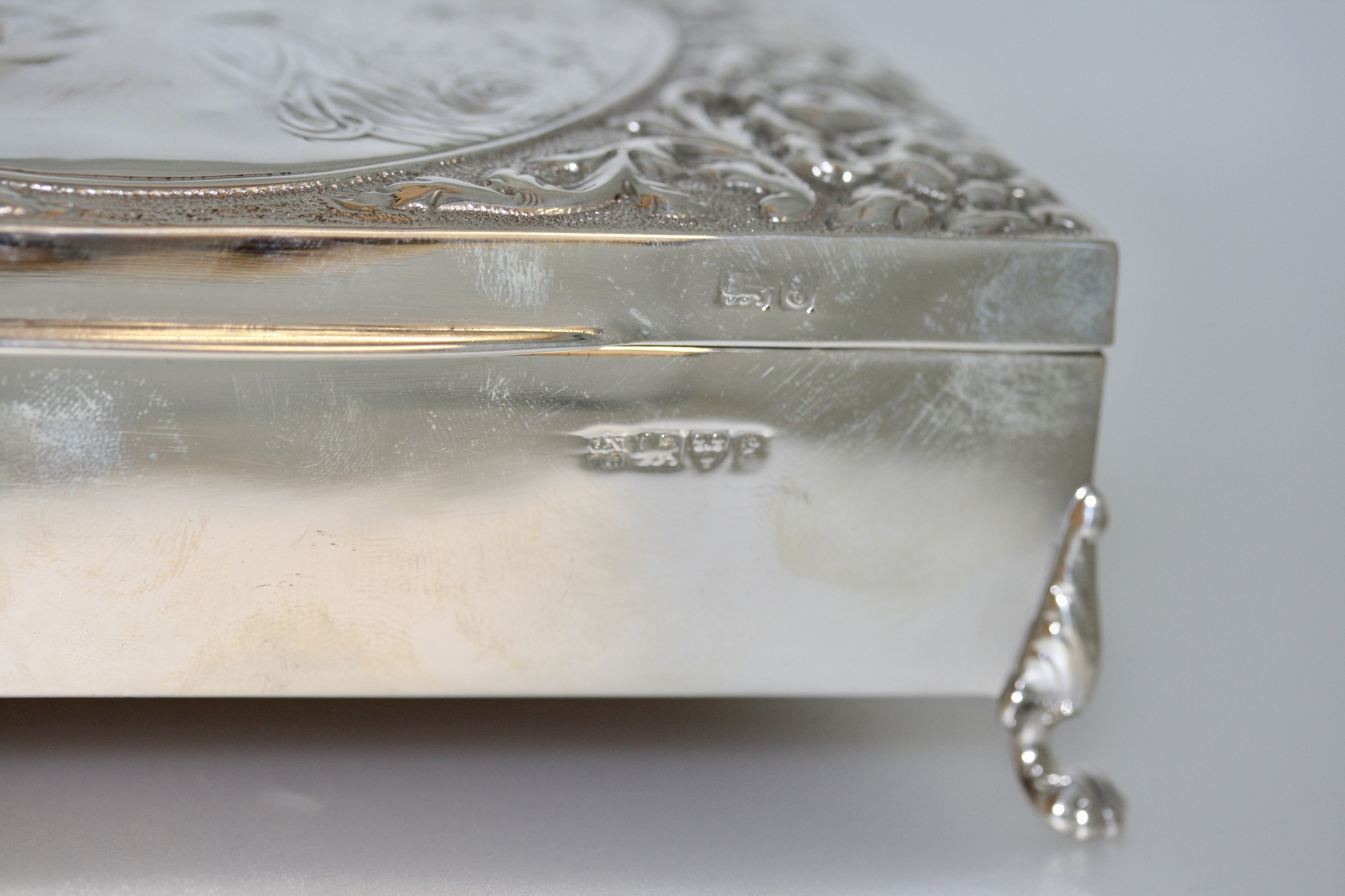 An Art Nouveau Silver Jewellery Box, Chester 1905