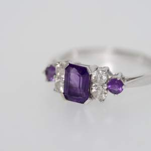 A Pre-owned Modern Amethyst And Diamond Ring