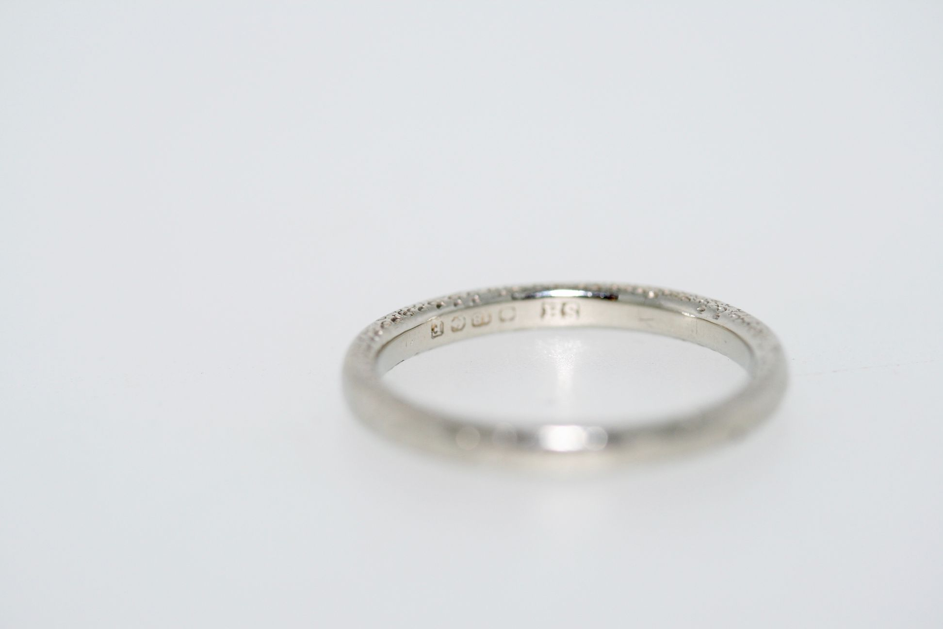 An Art Deco 18ct White Gold Wedding Band