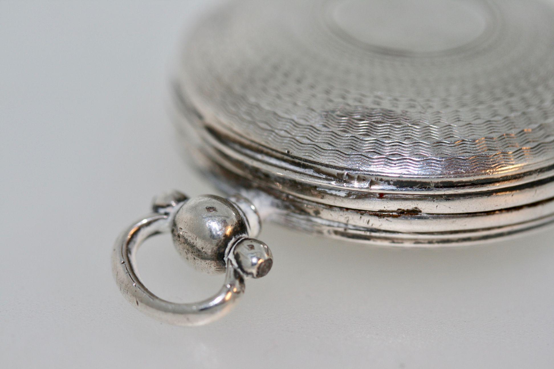 A George Iv Silver 'pocket Watch' Style Vinaigrette