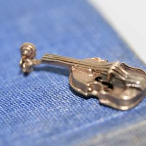 9ct Gold Violin Charm, 1956