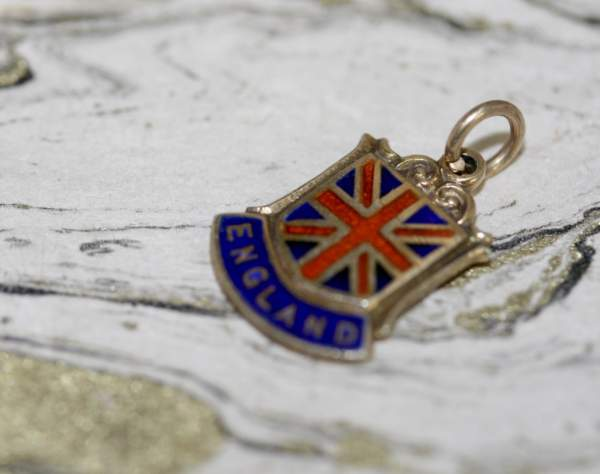 9ct Gold Union Jack England Charm