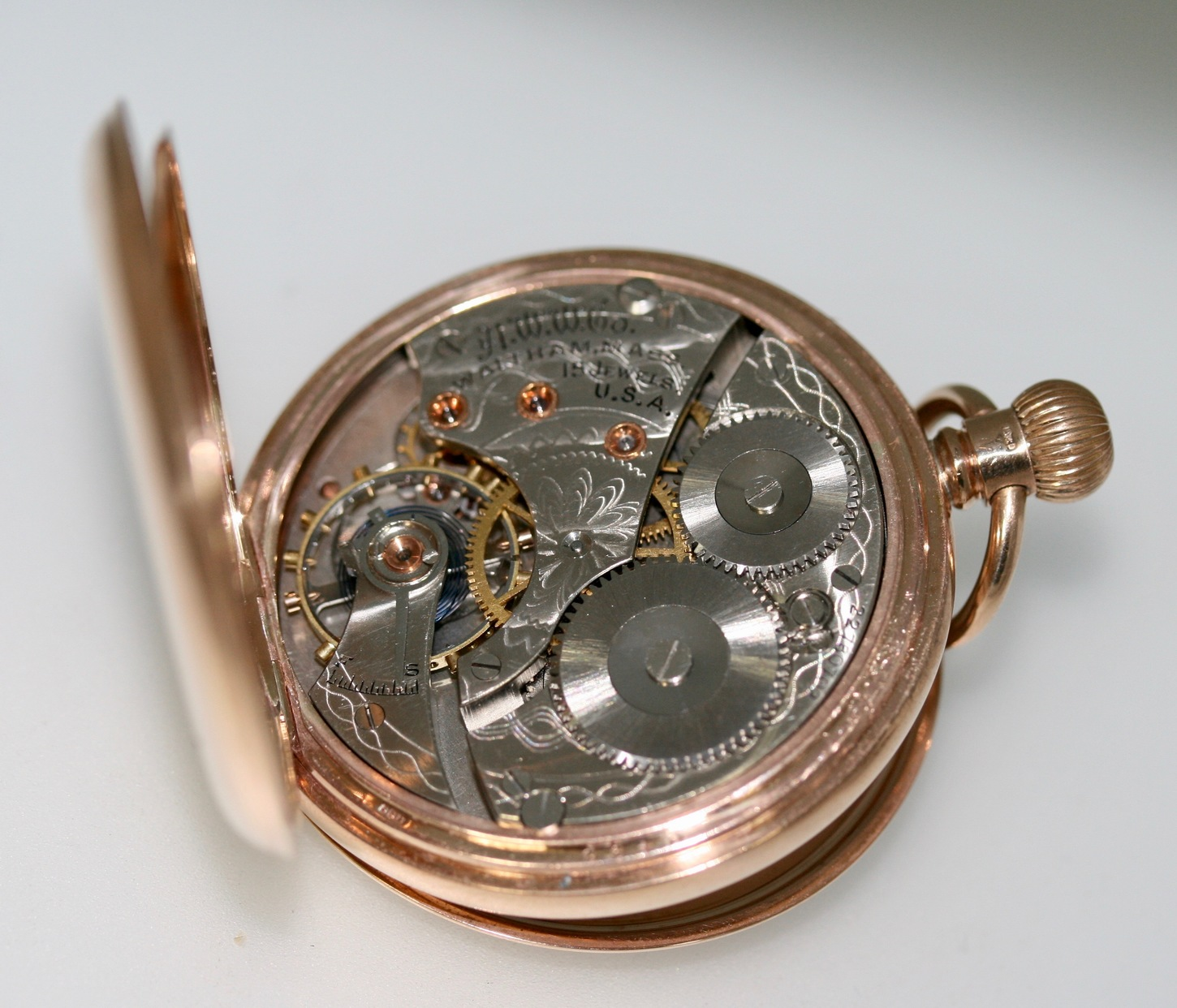 Waltham, Massachusetts: A 9ct Yellow Gold Half Hunter Pocket Watch